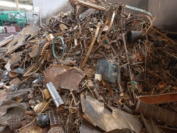 高价现金回收59中大机黄铜和镀白水龙头