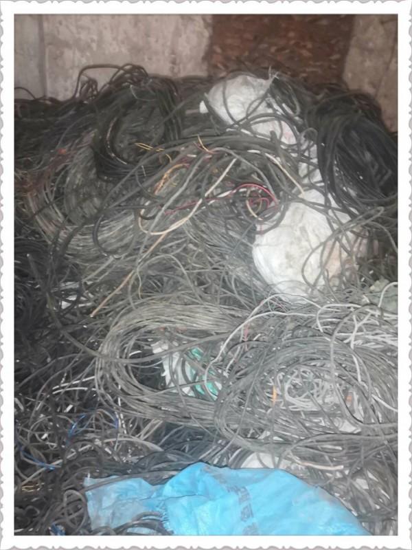 本公司现金高价回收船缆,汽车线,拆场线,渡白线,废电缆,电话线,网线,黄铜拉链,黄铜线,含铜料以及各种杂线