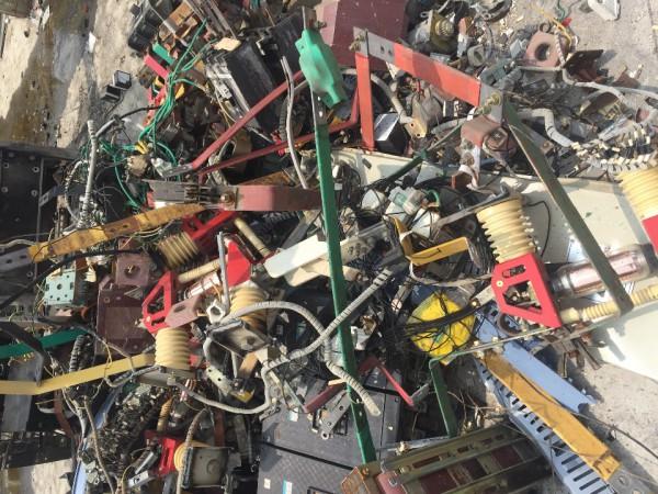 杂物解拆回收