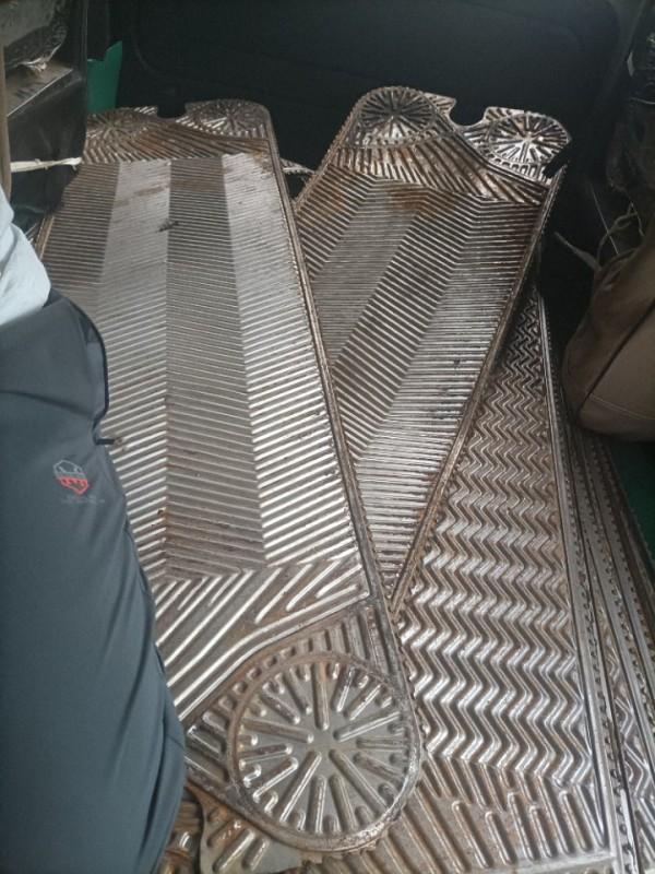 大量高价回收成品钛板和钛网