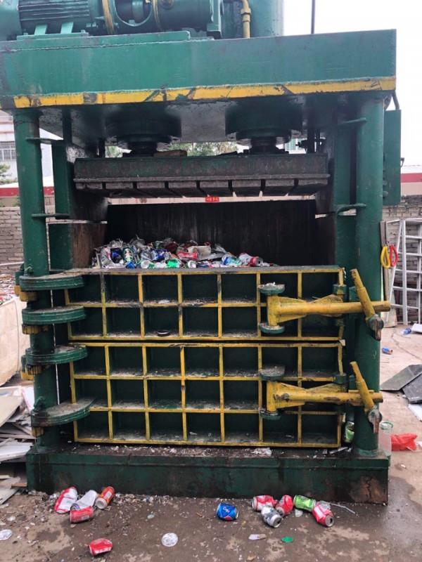 转让一台300吨立式打包机